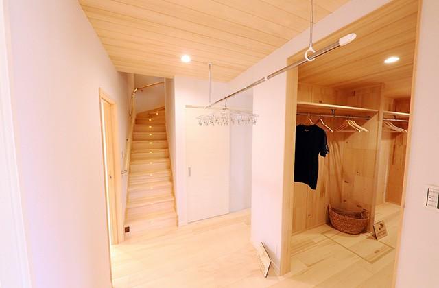 クローゼット - もみの木ハウス・かごしま 建築事例