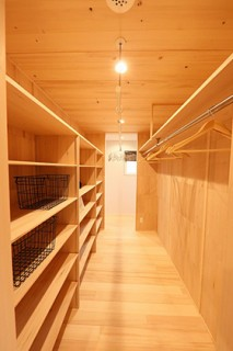 ウォークインクローゼット - もみの木ハウス・かごしま 建築事例