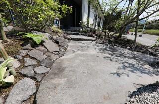 アプローチ  - もみの木ハウス・かごしま 建築事例