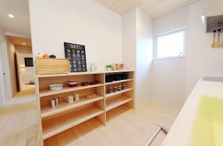 キッチン収納 - もみの木ハウス・かごしま 建築事例