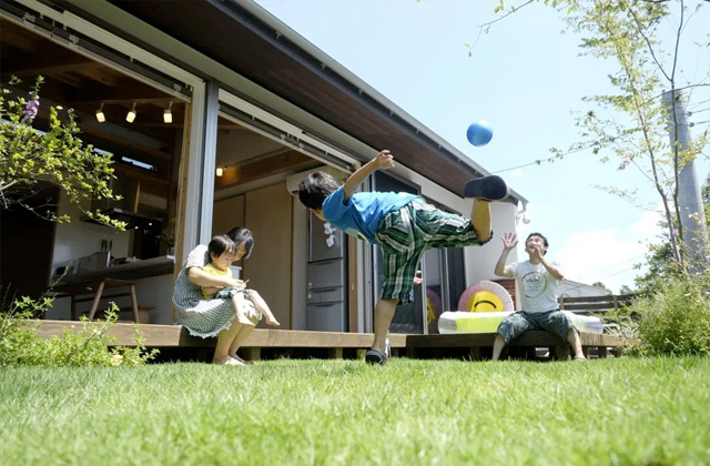 庭 - 開放的な空間で四季を感じられる理想の平屋 - 建築実例 - MOOK HOUSE