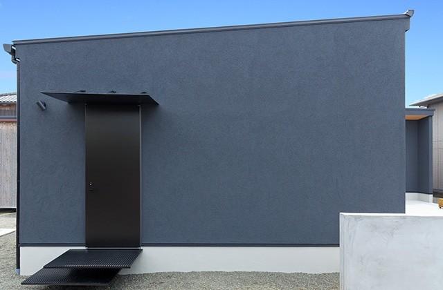 外観 - 建築事例 中池組 色々な素材を使用したカタログハウス
