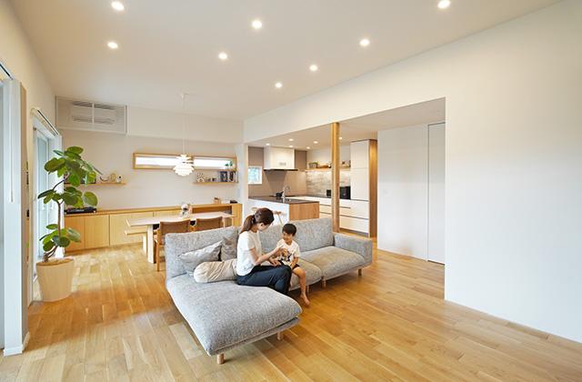 シンプルなデザインの中にセンスが光る家 - 建築事例 - 中池組