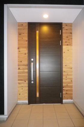 成尾建設/R+house鹿児島中央 建築事例 玄関ドア