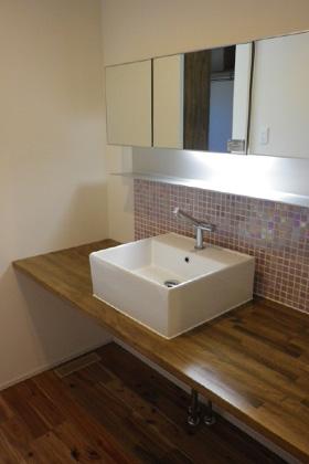 成尾建設/R+house鹿児島中央 建築事例  造作洗面台