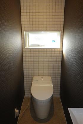 成尾建設/R+house鹿児島中央 建築事例  トイレ