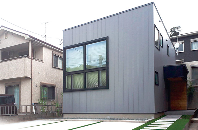 成尾建設/R+house鹿児島中央店 広木モデル「天然素材をふんだんに使用したスタイリッシュな家」(鹿児島市)