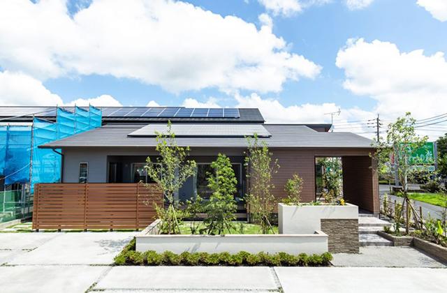 ピースフルタウン札元モデルハウス 平屋 4LDK+植栽(No.1区画)「深い軒のある家」ヤマサハウス