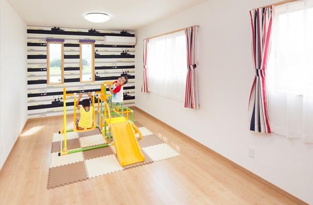 ロイヤルホーム 建築事例 子どもたちの健やかな成長を願う強く優しい子育て世代の家