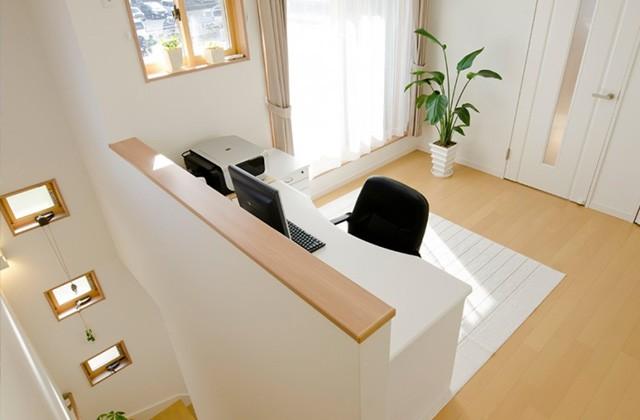 ロイヤルホーム 建築事例 書斎につかえるフリースペース