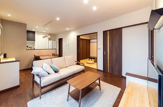 ロイヤルホーム 大明丘モデルハウス「子育て応援住宅 家族みんなが顔を合わせるリビングのある家」(鹿児島市)