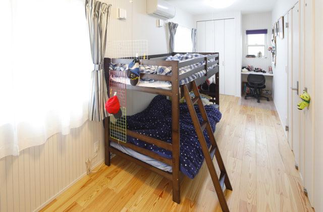 子供室 - 夫婦と家族の夢やこだわりを盛り込んだ効率的で機能的な平屋 - 建築実例 - SELECTINO