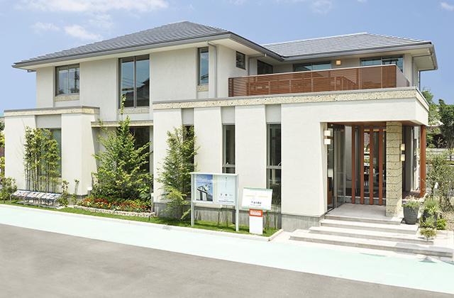 最高級の抜群の強度と耐久性を誇る木曽檜が香る家「エコスクエア」 谷川建設