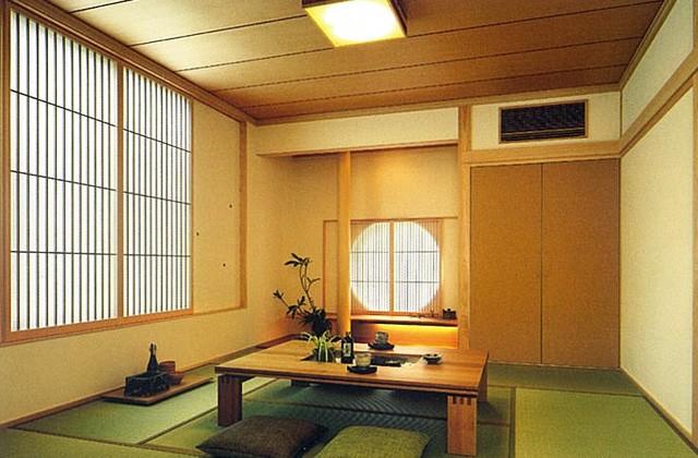 谷川建設 モデルハウス 香り漂う檜の柱・障子越しの柔らかい光、心を和ませる和の空間。