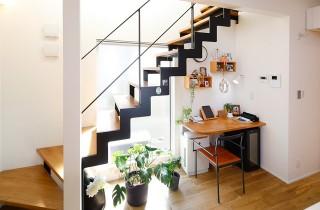 トータルハウジング - 鉄骨階段