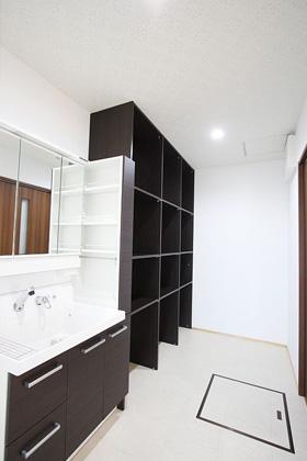 洗面スペース - 東宝建設