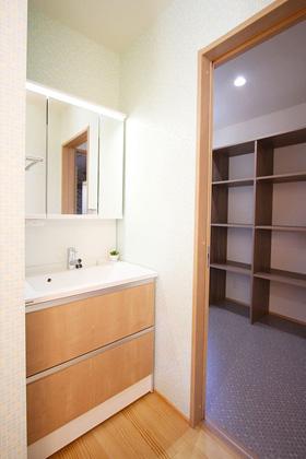 東宝建設 - 洗面スペース