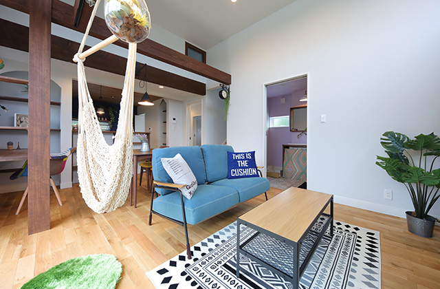 東宝建設 春山モデル「カフェみたいにおしゃれなインテリア 暮らす人も招かれる人も居心地のよい家」(鹿児島市)