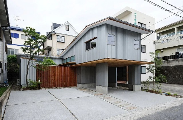 鹿児島市和田にて「中庭とビルドインガレージのある家」のライフスタイル見学会【2/9】