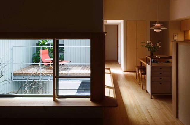 住宅密集地で庭を愛でる暮らし「中庭を囲むコの字の家」 事例写真05
