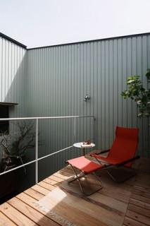 住宅密集地で庭を愛でる暮らし「中庭を囲むコの字の家」 事例写真06
