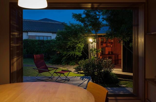 ベガハウス 非日常を愉しむ2.5坪の小屋は大人贅沢な離れ 事例写真02