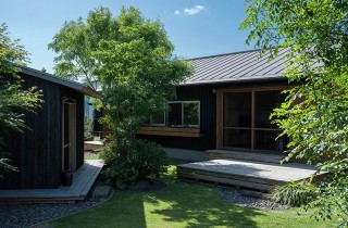 ベガハウス 非日常を愉しむ2.5坪の小屋は大人贅沢な離れ 事例写真03