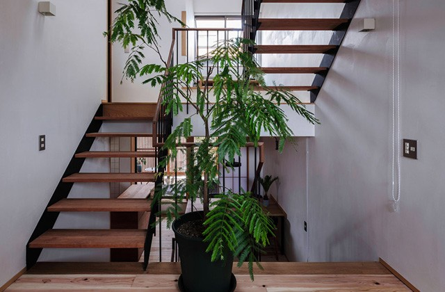 ベガハウス 下荒田の住宅密集地に建つ3階建てのスキップフロア 事例写真03