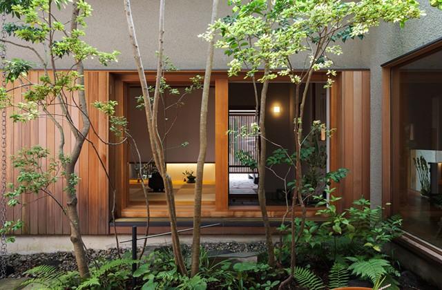 ベガハウス 2つの中庭から光と風と緑を感じるのびやかな家 事例写真02