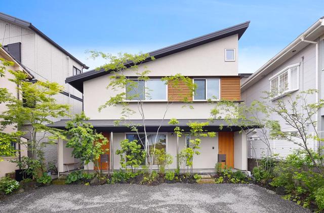 ヤマサハウス 1階に親世帯、2階に子世帯、完全分離型の二世帯住宅