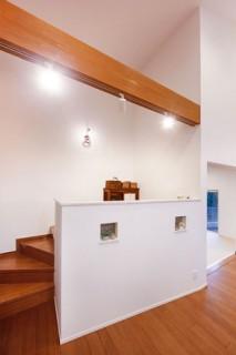 小上がりの家事スペース - ヤマサハウス