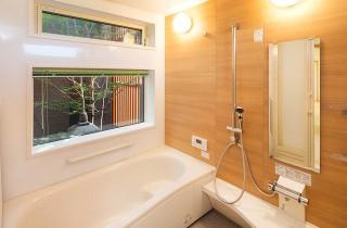 浴室 - ヤマサハウス