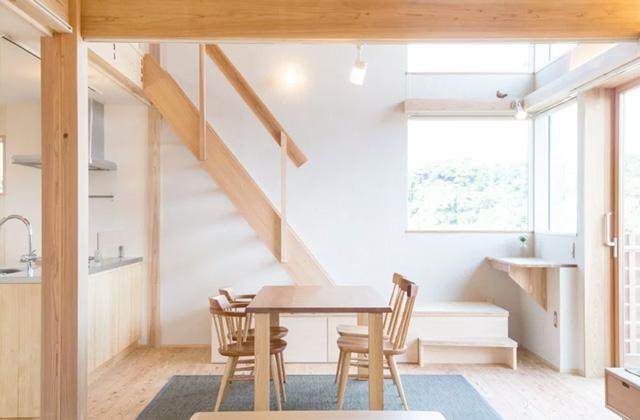 ヤマサハウス 建築事例 小高い立地から桜島を望む のびやかな眺望を愉しむZEHの住まい