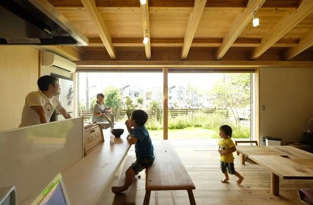 ヤマサハウス 建築事例 - リビング・ダイニング・キッチンは家族が集う一繋がりの大空間