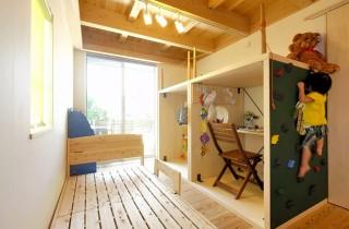 ヤマサハウス 建築事例 - 開放的な子供部屋は暮らしに合わせて仕切ることも